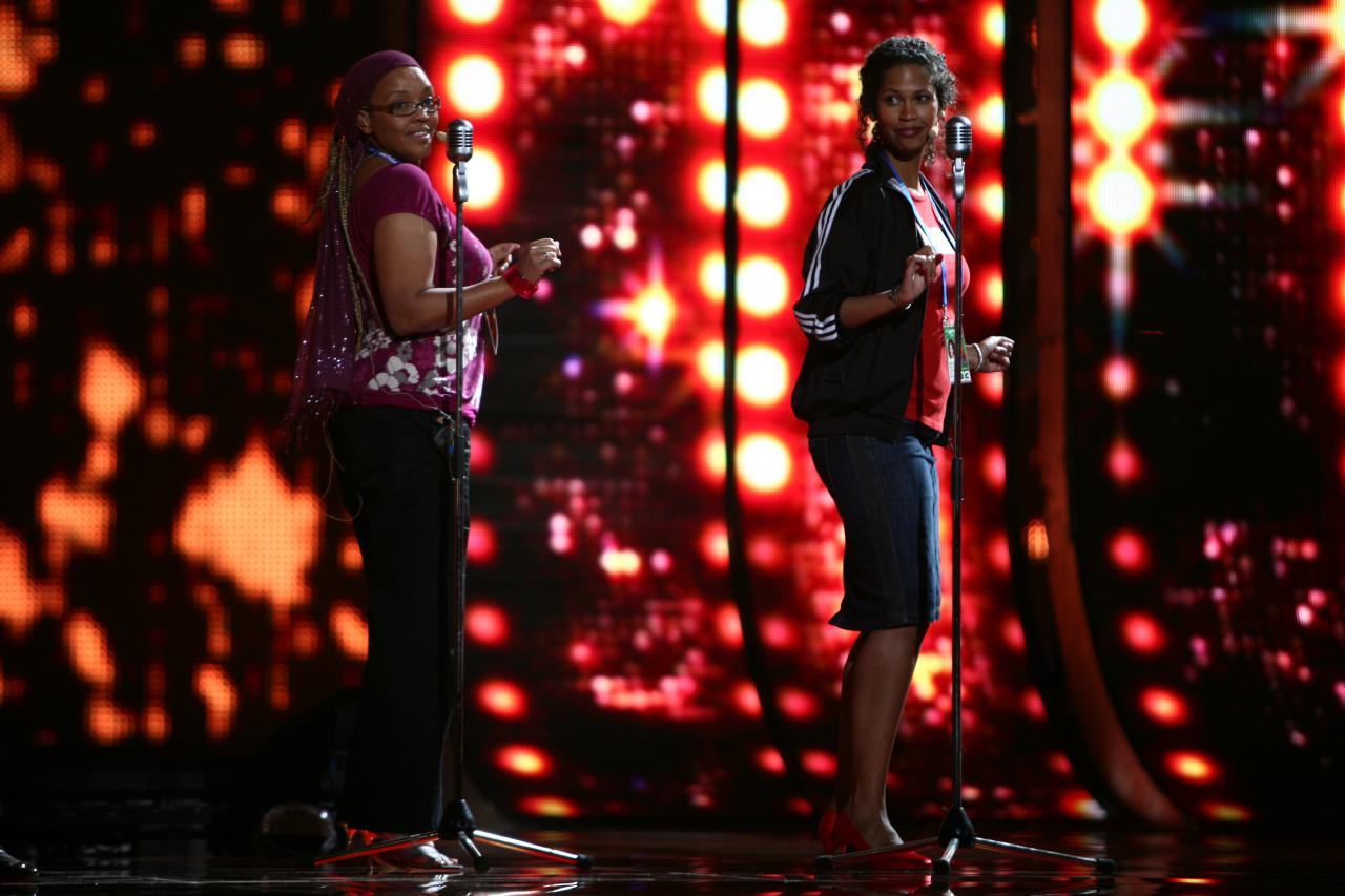"""During the rehearsal of the 2009 Belgian entry Copycat - a rock'n'roll number with a funny reference to Elvis Presley accusing him to be a """"copy"""" of Patrick Ouchène!"""