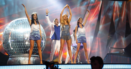 Alyona Lanskaya performed 'Solayoh' for Belarus at Eurovision 2013