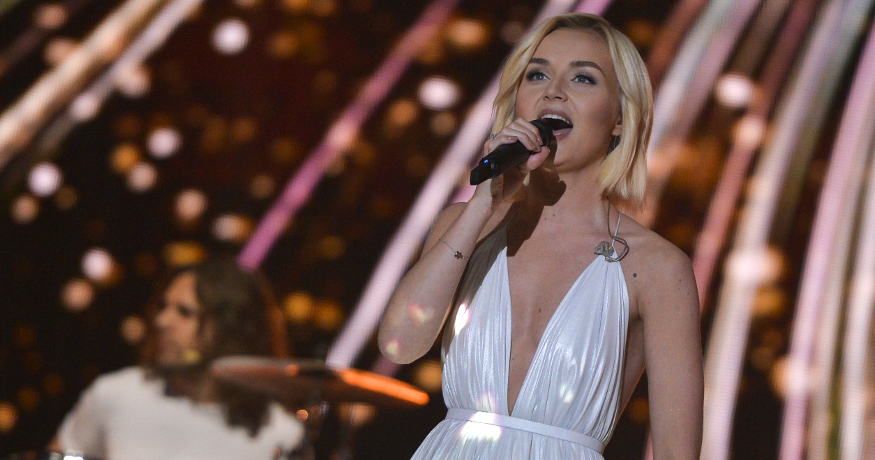 Polina Gagarina represented Russia in 2015 and finished second with the song 'A Million Voices'